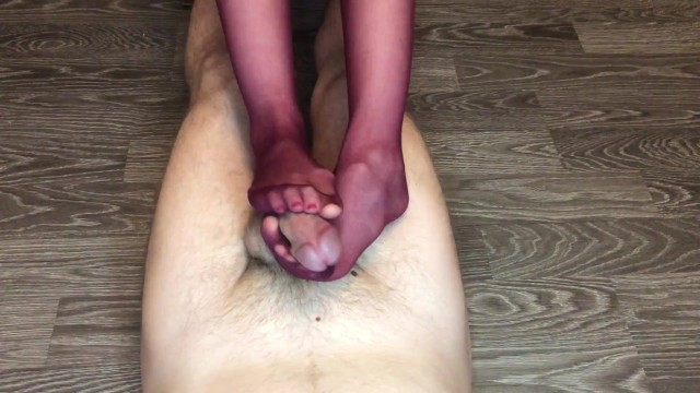 Kelly morgan porn - Teen footjob nylonjob with red nylon stockings cum on feet