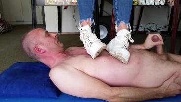 Buffalo Sneaker Trampling Part 3