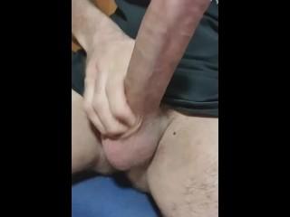 Stroking my huge italian cock at work. Caccio il mio cazzo enorme a lavoro
