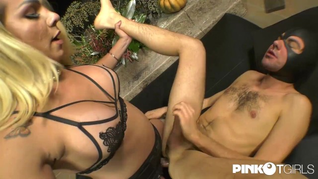 Priscilla makes her slave happy with her hard cock 16
