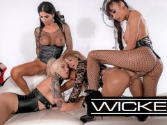 Wickedpictures - Jessica Drake's Orgy With 3 Trans Superstars