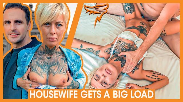Lindsey wagner boobs Desperate milf vicky hundt fucks stranger wolf wagner wolfwagner.love
