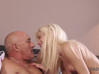 DADDY4K. Beautiful blonde decided to try dick of more experienced man