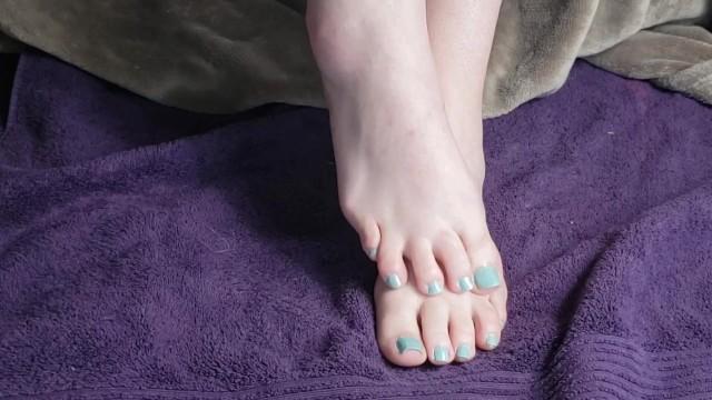 Foot Fetish JOI by dominatrix Seattle Ganja Goddess: Painted toes feet bdsm 10
