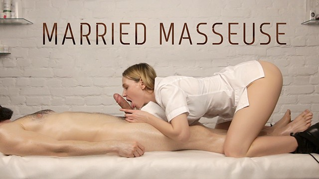 Custom make dildo Married masseuse loves to suck her customers dicks - he came twice