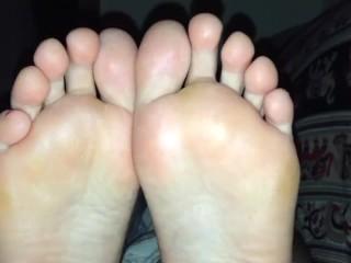 Perfect footjob beautiful pov soles horny cum...