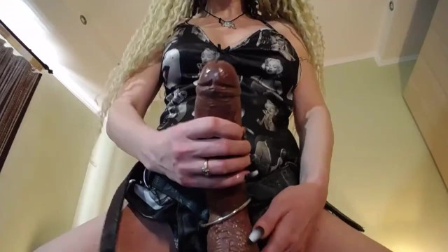 How to multi orgasm - Strapon slut trained how to suck prerecorded cam session