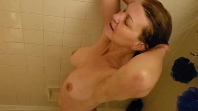 Sneaking a peek of Truly in the Shower 1