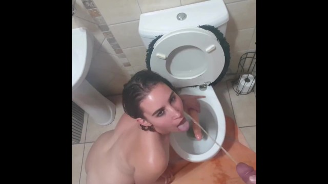 Teens death from drinking - Young slut face piss and piss drink compilation