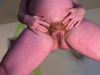 Pussy spreading ends with squirting...
