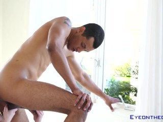 Monster cock latino Alex Jones destroys tight babe and cums