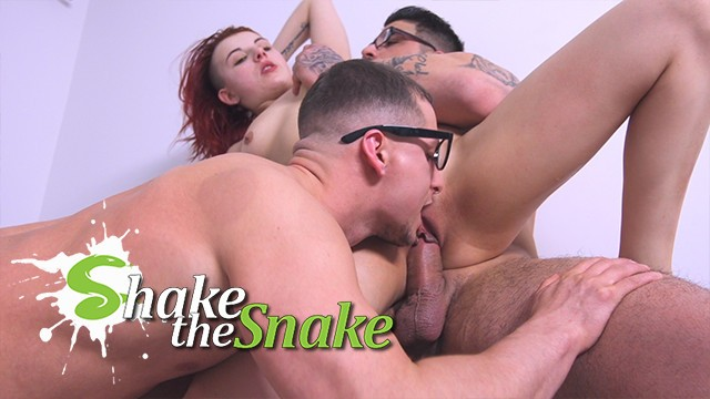 Roxanne hall has shaking orgasm - Shake the snake - bisexual threesome with my roomate