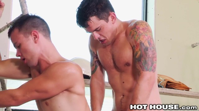 Young gay couples - Hothouse - young construction workers get wet sloppy at work
