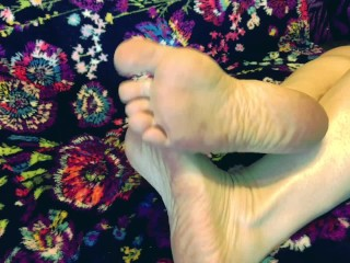 Asmr sexy legs and foot massage sole fetish...