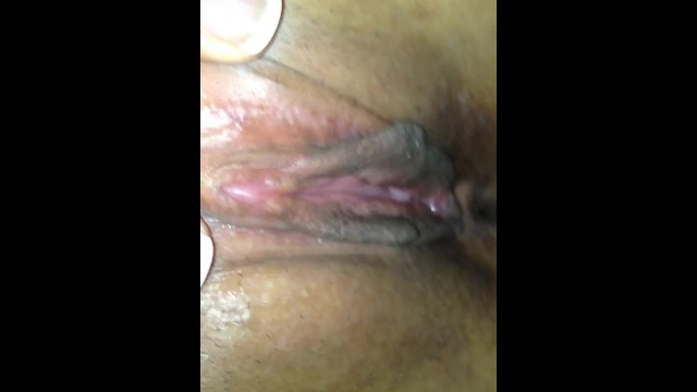 Close up pussy licking 1
