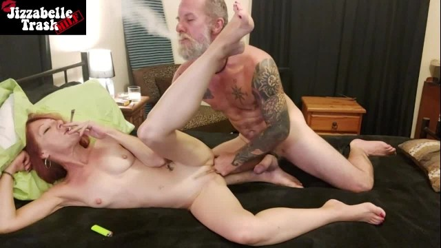 Mature smoking weed and fucking Weed sex - hot milf smokes a blunt while getting fucked hard