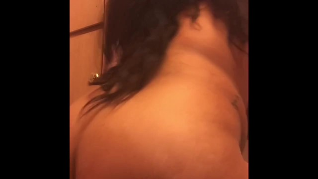 Bit tits and ass shaking 1