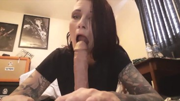 Oral fixation girl deprived from cock & workout