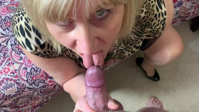 My friends hot mom blow job Big tit hot mature step mom in stockings gives blow job and fucks pov