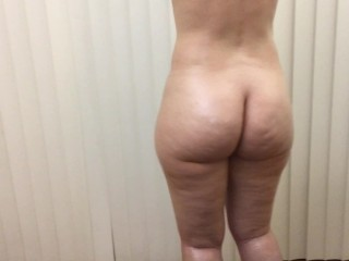 Big booty pawg clapping cheeks amazing ass...