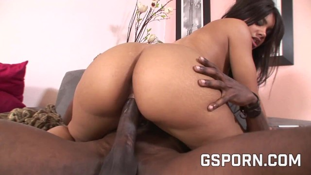 My wife doesnt want sex - Ebony milf want a big black cock no a little dildo