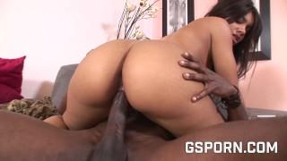Ebony milf want a big black cock no a little dildo