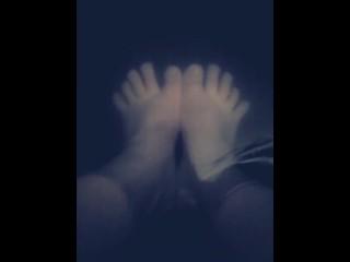 Foot bath feet playing...