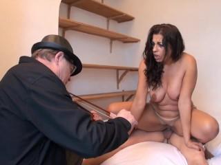 Beautiful arab mature has anal sex...