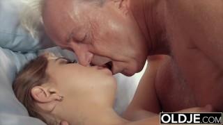 Farfar och den unga fitta