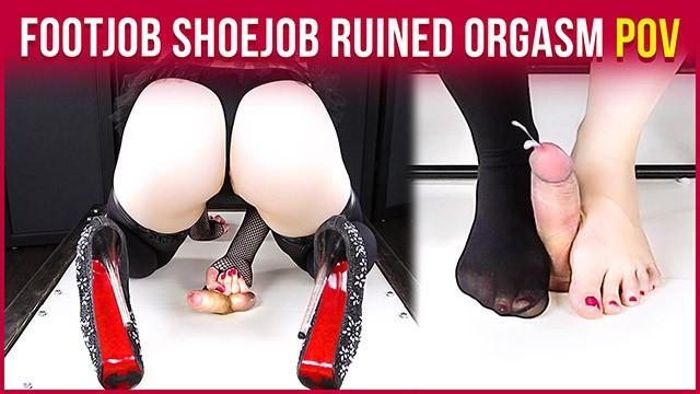 Busty 50s era vixens - Cockbox handjob torture high heels footjob with ruined orgasm era