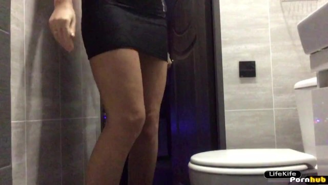 Escorts naughty night life - Sex in the toilet night club, hidden camera