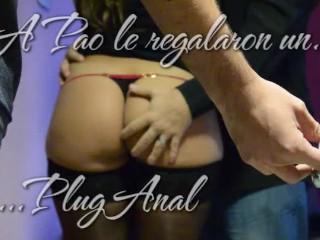 A Mi Esposa Pao Le Regalaron Un Plug Anal