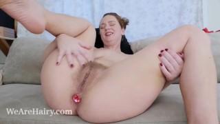 Lexx Lewis masturbates on her couch