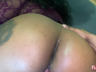 Juicy Booty Ebony Gives Messy Blowjob & Gets Pounded By BBC