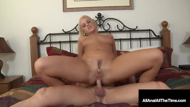 BlondeRoxy Raye Butt Fucked In Tight Asshole!