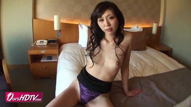 20's, amateur. Slender small tits gal and creampie sex[JAV]
