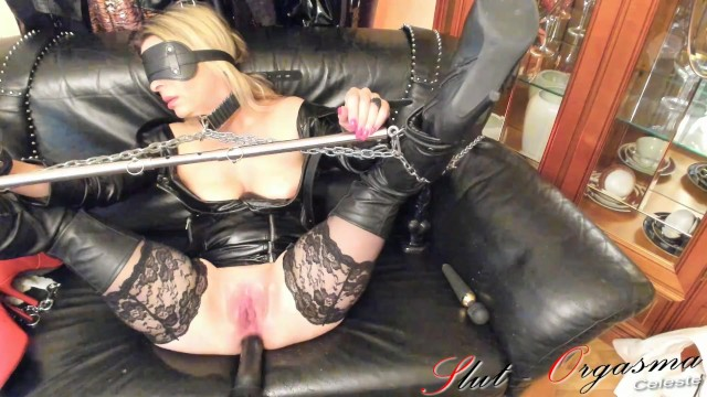 Squirting on fucking machines - Slave slut-orgasma celeste fuck machine torture anal squirt