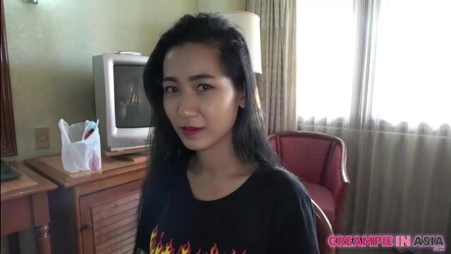日本人男がタイ女と無修正売春してる動画