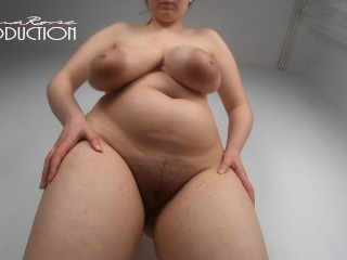Giantess lena naked in 4k...
