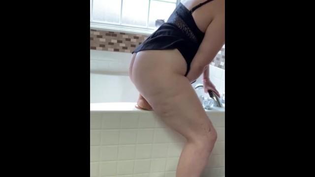 Amateur;Big Ass;Babe;Toys;MILF;Exclusive;Verified Amateurs;Solo Female;Female Orgasm;Tattooed Women;Vertical Video dildo, dildo-ride-orgasm, dildo-ride, solo-female-orgasm, solo, big-dildo, riding-big-dildo