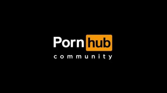 rubbing phat wet pussy 17