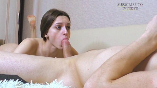 Малышка Иви Скай сосёт и глотает сперму в приватном шоу 5