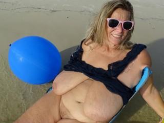 Beach punch balls includes 132...
