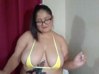 EL debut de Latin Rain en webcam, tetas por propinas