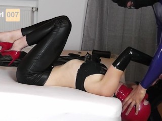 Hogtied Ring Knebel Blowjob