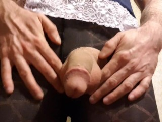 Masturbate and her cumshot panties...