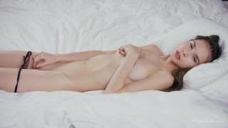 WOWGIRLS HOTTEST Horny Leona Mia in a hot sensual masturbation. WOW!