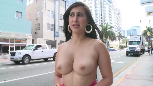 Chunga sucks Bangbros - curvy latina valerie kay showing off her big ass in public