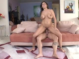 Bangbros curvy raylene with them nice big tits...