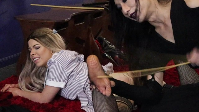 Amateur;Blonde;Interracial;Reality;Role Play;Feet;Verified Models kink, foot-worship, foot-caning, bastinado, gender-queer, dominant, submissive, domme, spanking, caning, birching, foot-licking, foot-sucking, toe-sucking, boot-sniffing, foot-sniffing
